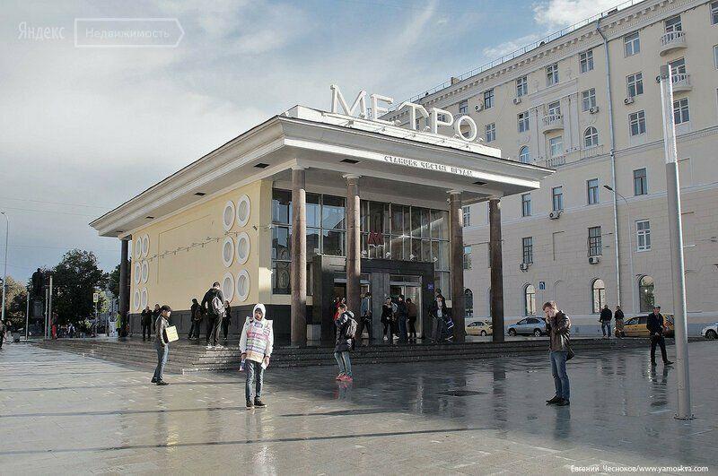 Продажа комнаты Москва, метро Чистые пруды, Чистопрудный бульвар 2, цена 10000000 рублей, 2021 год объявление №591810 на megabaz.ru