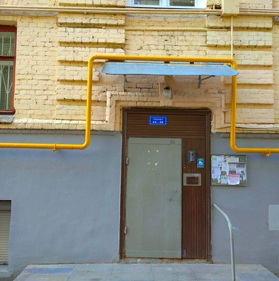 Продажа студии Москва, метро Бауманская, Бауманская улица 20с2, цена 3989998 рублей, 2020 год объявление №402318 на megabaz.ru