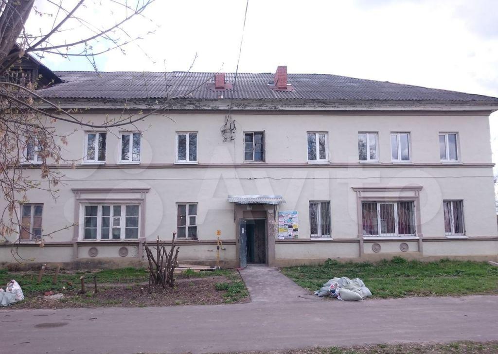Продажа комнаты Куровское, улица Пролетарка 10, цена 400000 рублей, 2021 год объявление №601136 на megabaz.ru