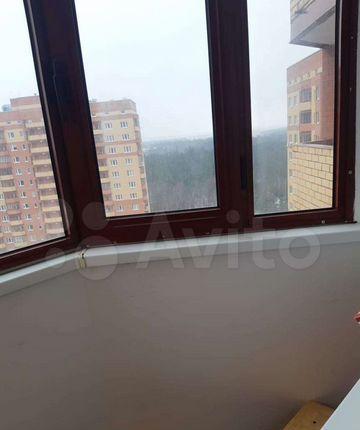 Аренда однокомнатной квартиры деревня Щемилово, улица Орлова 2, цена 18000 рублей, 2021 год объявление №1355699 на megabaz.ru