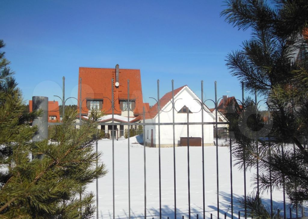 Продажа дома село Петрово-Дальнее, улица Булгакова, цена 25000000 рублей, 2021 год объявление №593631 на megabaz.ru