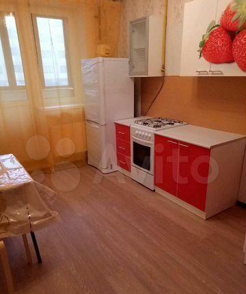 Аренда трёхкомнатной квартиры деревня Исаково, цена 35000 рублей, 2021 год объявление №1099318 на megabaz.ru