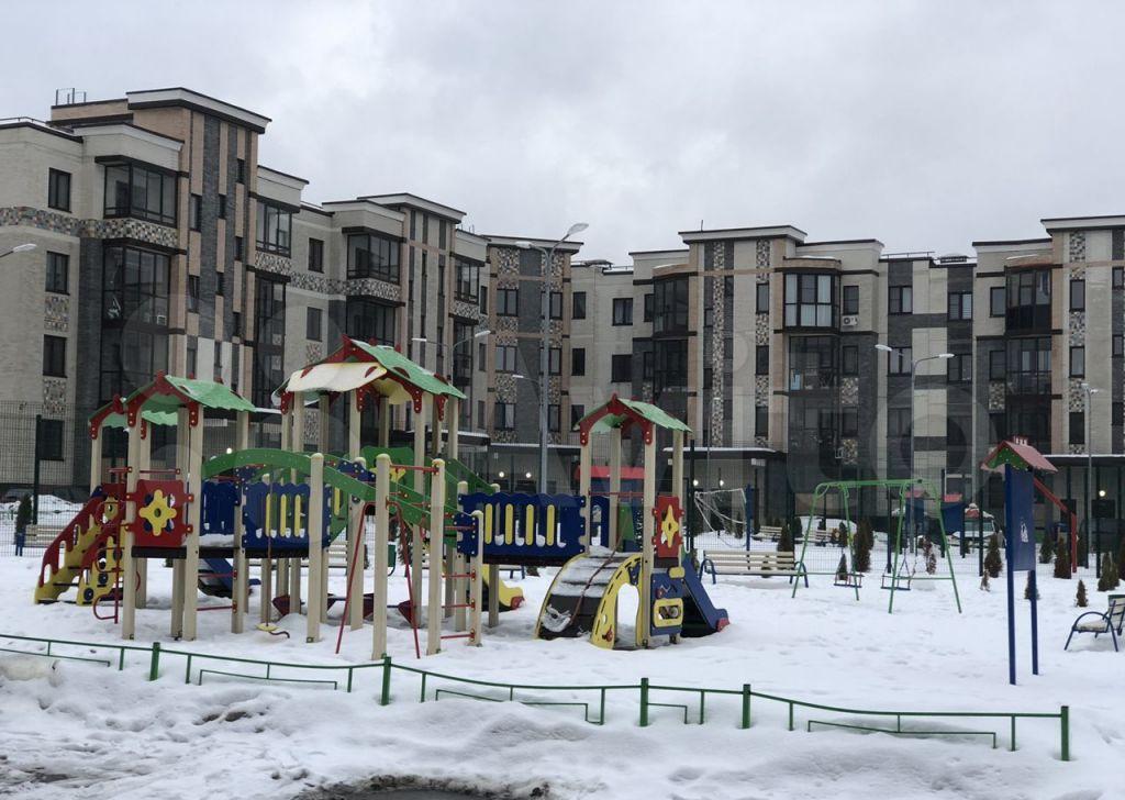 Продажа однокомнатной квартиры деревня Митькино, Заречная улица 4, цена 6100000 рублей, 2021 год объявление №603959 на megabaz.ru