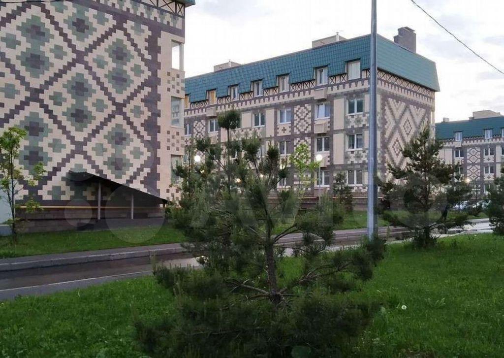 Продажа двухкомнатной квартиры деревня Солманово, Лазурная улица 14, цена 7500000 рублей, 2021 год объявление №629760 на megabaz.ru