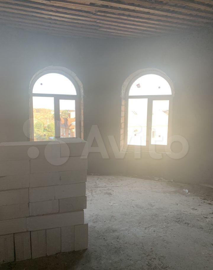 Продажа студии село Петрово-Дальнее, Озёрная улица 6, цена 969000 рублей, 2021 год объявление №598738 на megabaz.ru