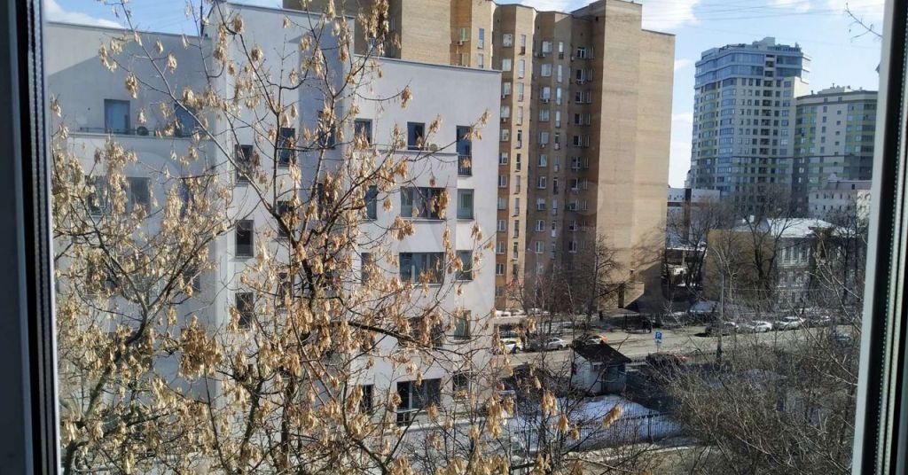 Продажа двухкомнатной квартиры Москва, метро Октябрьская, Ленинский проспект 3, цена 16800000 рублей, 2021 год объявление №607906 на megabaz.ru