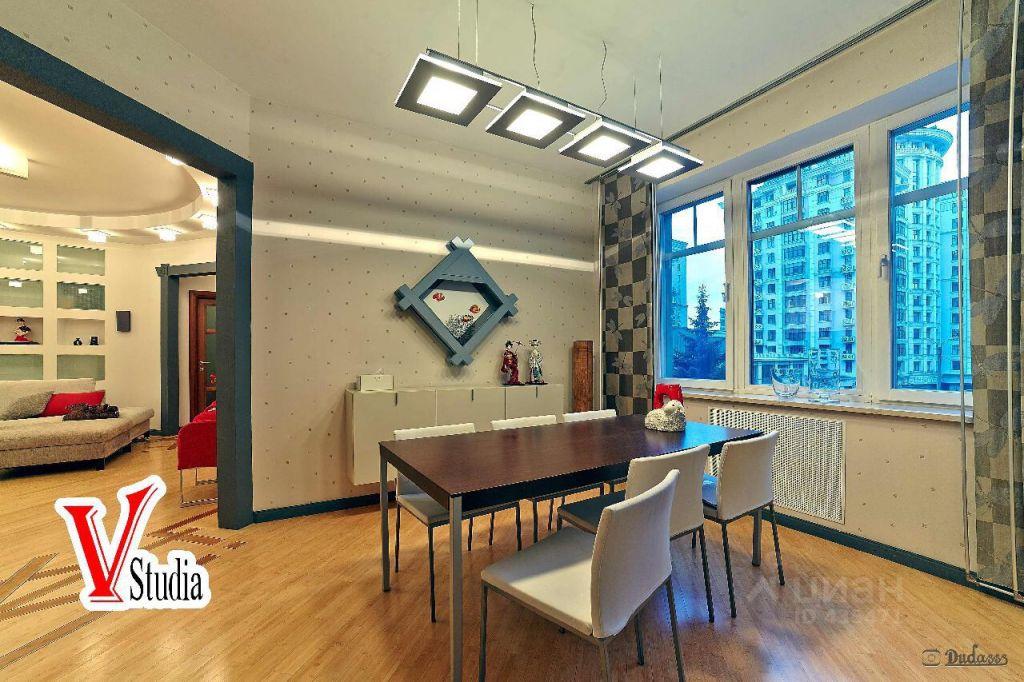 Продажа трёхкомнатной квартиры Москва, метро Смоленская, 1-й Смоленский переулок 17, цена 117000000 рублей, 2021 год объявление №631592 на megabaz.ru