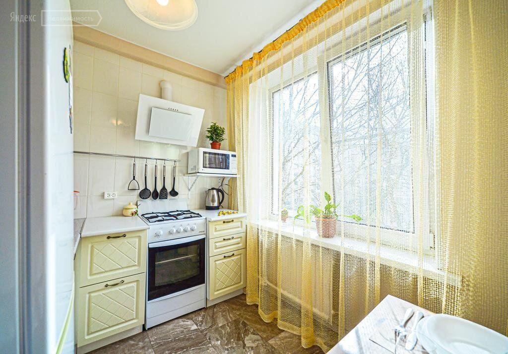 Аренда двухкомнатной квартиры Москва, метро Охотный ряд, Газетный переулок 1/12, цена 41000 рублей, 2021 год объявление №1361229 на megabaz.ru