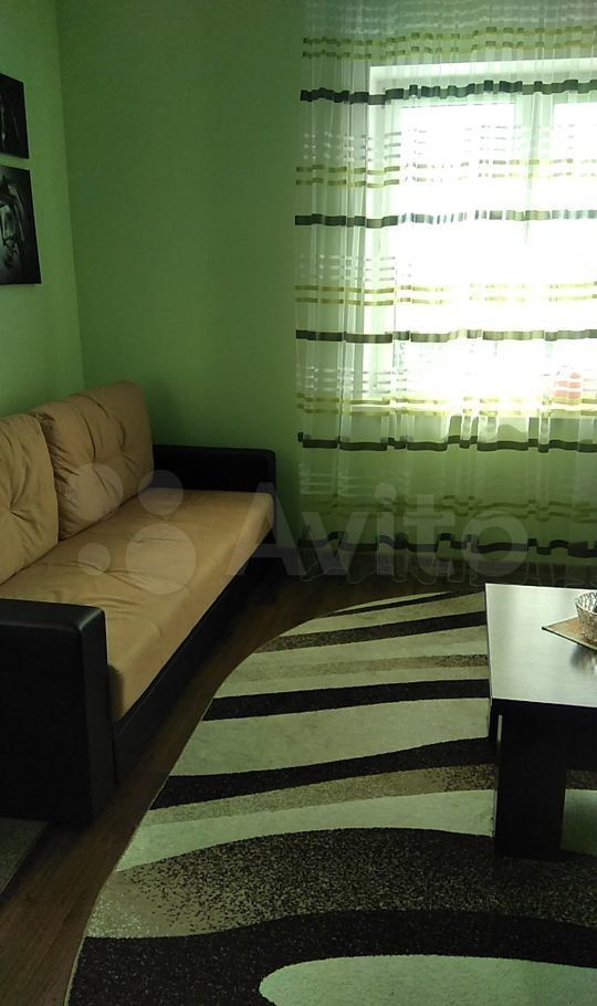 Продажа двухкомнатной квартиры поселок Успенский, Луговая улица 2, цена 1800000 рублей, 2021 год объявление №599747 на megabaz.ru