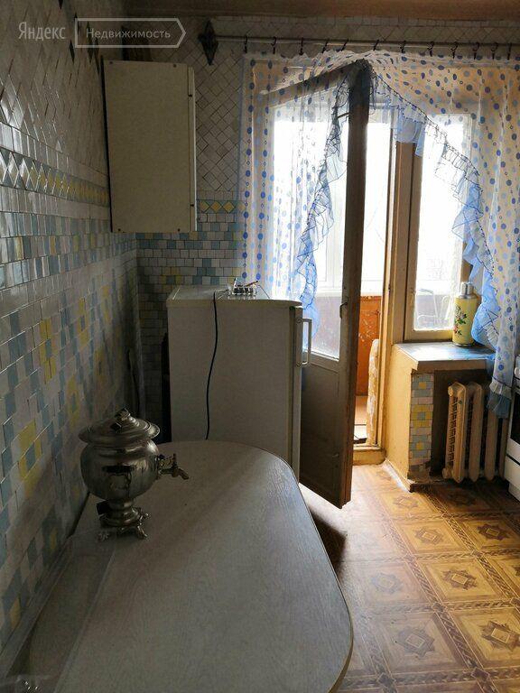 Аренда двухкомнатной квартиры Электросталь, Красная улица 80, цена 13000 рублей, 2021 год объявление №1362448 на megabaz.ru
