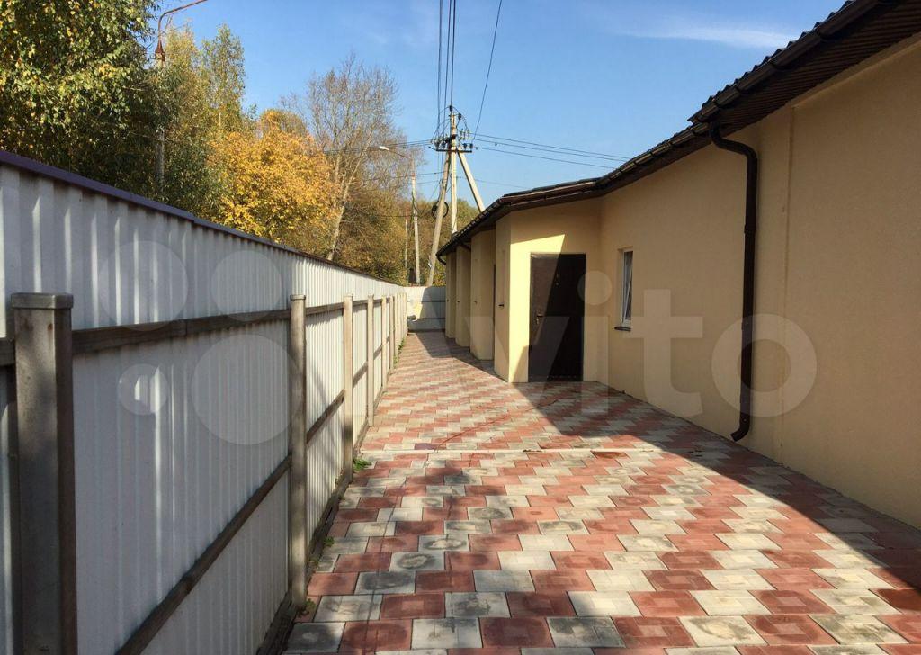 Аренда дома село Ям, Школьная улица 7, цена 20000 рублей, 2021 год объявление №1313932 на megabaz.ru