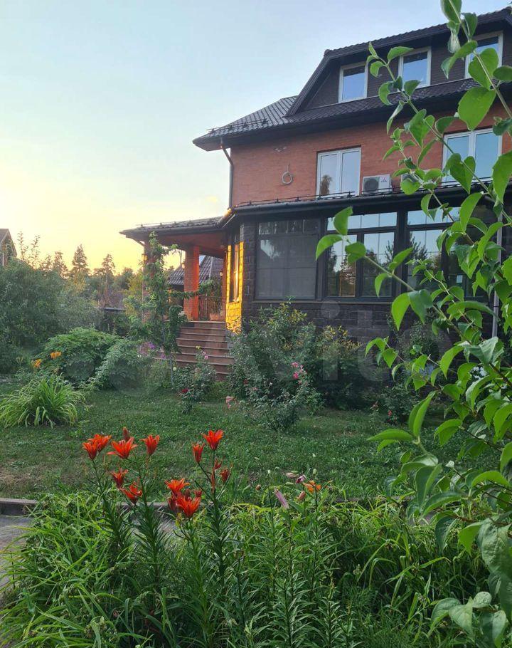 Продажа дома поселок Мещерино, Солнечная улица 6, цена 45000000 рублей, 2021 год объявление №707363 на megabaz.ru