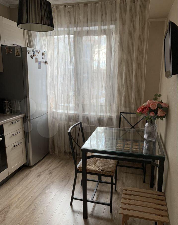 Продажа двухкомнатной квартиры Москва, метро Кутузовская, Поклонная улица 8, цена 14700000 рублей, 2021 год объявление №603417 на megabaz.ru
