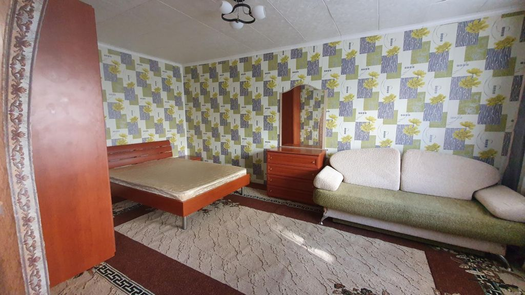 Продажа однокомнатной квартиры Рошаль, улица Свердлова 24А, цена 1250000 рублей, 2020 год объявление №497305 на megabaz.ru