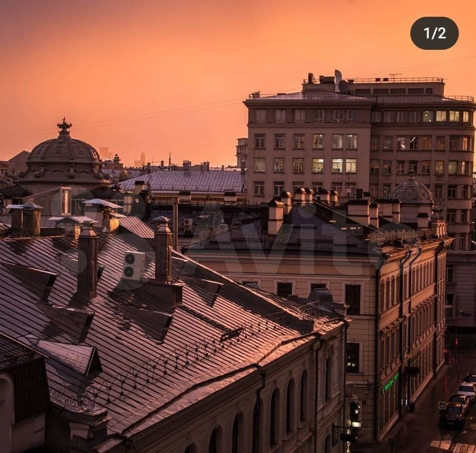 Аренда комнаты Москва, метро Кузнецкий мост, Звонарский переулок 5, цена 36000 рублей, 2021 год объявление №1399383 на megabaz.ru