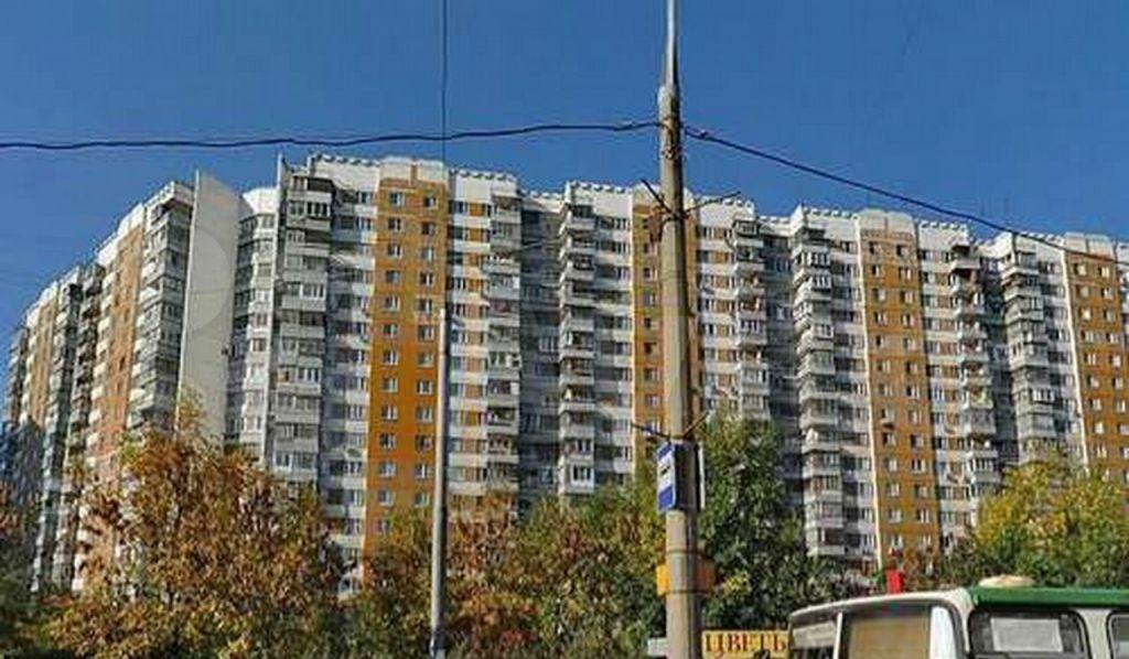 Аренда трёхкомнатной квартиры Москва, метро Волоколамская, Пятницкое шоссе 9, цена 65000 рублей, 2021 год объявление №1367976 на megabaz.ru