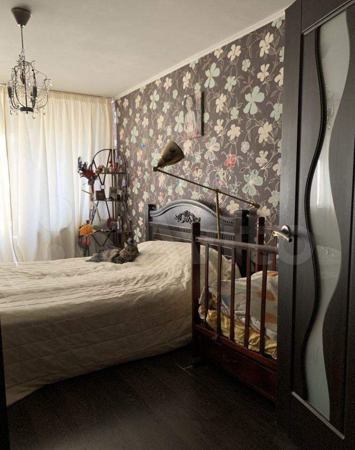 Продажа трёхкомнатной квартиры поселок Большевик, улица Ленина 20, цена 4000000 рублей, 2021 год объявление №605085 на megabaz.ru