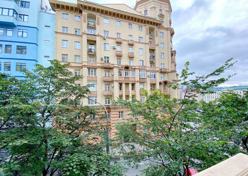 Аренда трёхкомнатной квартиры Москва, метро Сухаревская, Малая Сухаревская площадь 1с1, цена 159000 рублей, 2021 год объявление №1475574 на megabaz.ru
