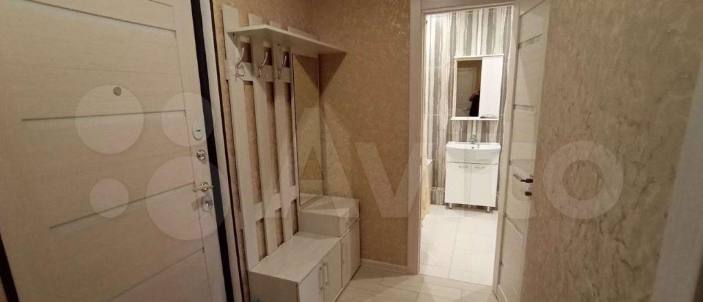 Аренда однокомнатной квартиры деревня Малые Вязёмы, цена 20000 рублей, 2021 год объявление №1371027 на megabaz.ru