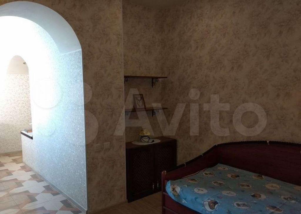 Продажа студии поселок Мебельной фабрики, Заречная улица 5, цена 7000000 рублей, 2021 год объявление №608188 на megabaz.ru