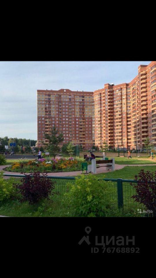 Продажа комнаты деревня Щемилово, улица Орлова 6, цена 3850000 рублей, 2021 год объявление №658336 на megabaz.ru