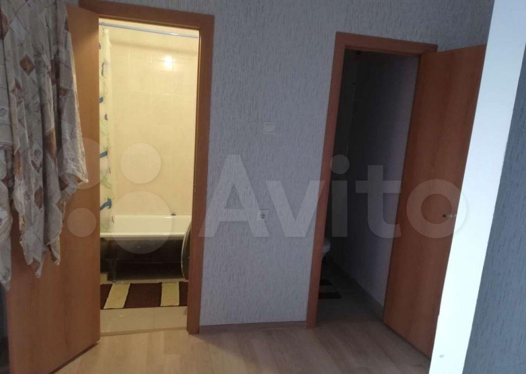 Аренда трёхкомнатной квартиры Волоколамск, Пороховская улица 20, цена 23000 рублей, 2021 год объявление №1372967 на megabaz.ru