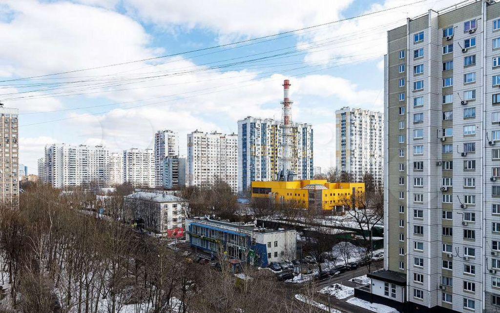 Аренда однокомнатной квартиры Москва, метро Пионерская, Кастанаевская улица 62, цена 40000 рублей, 2021 год объявление №1372057 на megabaz.ru