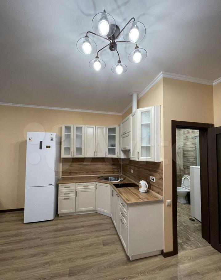 Аренда двухкомнатной квартиры деревня Покровское, Заречная улица 155, цена 45000 рублей, 2021 год объявление №1415660 на megabaz.ru