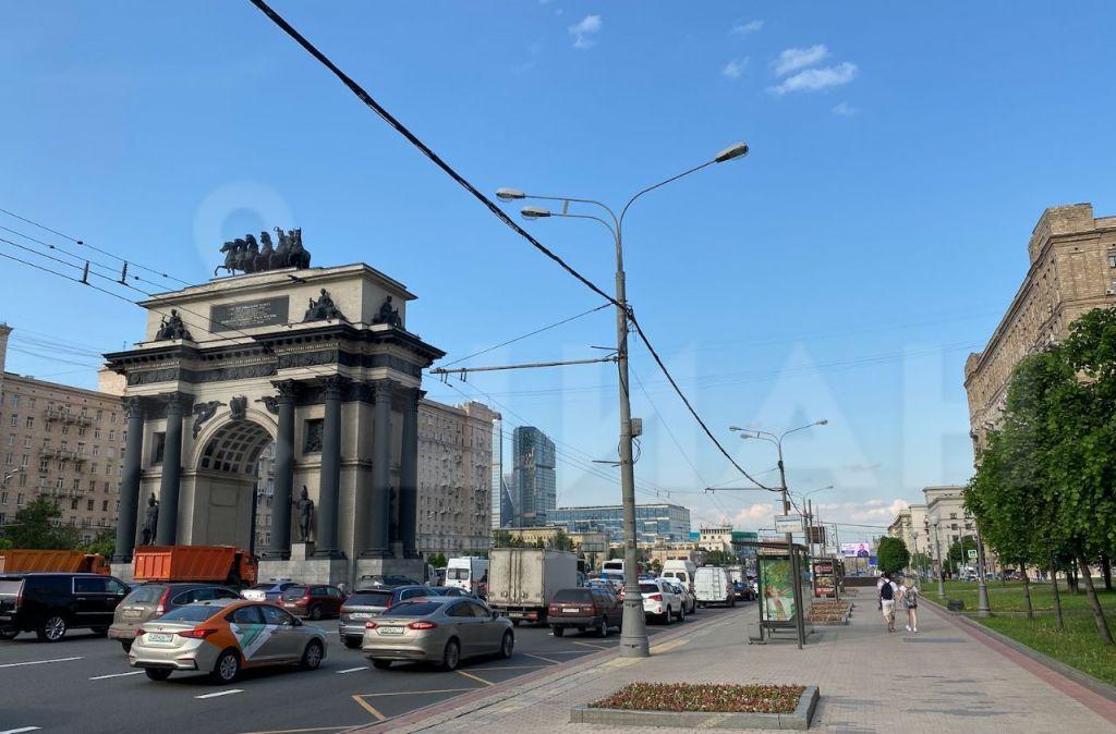 Продажа студии Москва, метро Парк Победы, Кутузовский проспект 45, цена 5790000 рублей, 2021 год объявление №420490 на megabaz.ru