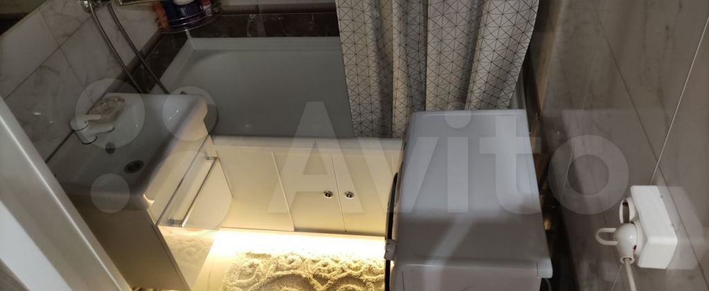 Продажа однокомнатной квартиры поселок Челюскинский, Большая Тарасовская улица 110, цена 3900000 рублей, 2021 год объявление №610691 на megabaz.ru