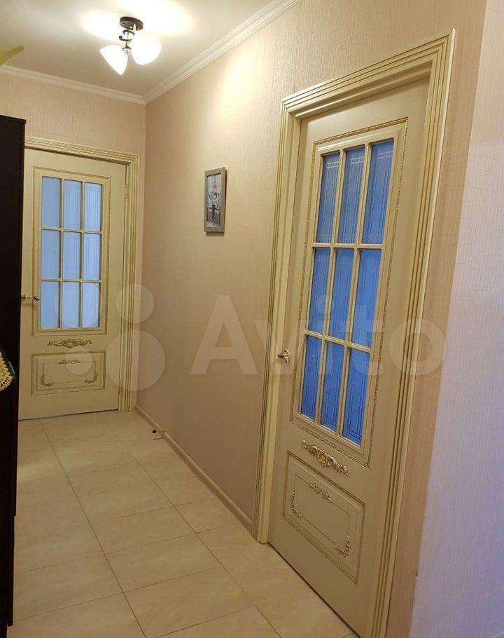 Продажа двухкомнатной квартиры посёлок Виноградово, Зелёная улица 8, цена 4100000 рублей, 2021 год объявление №640416 на megabaz.ru