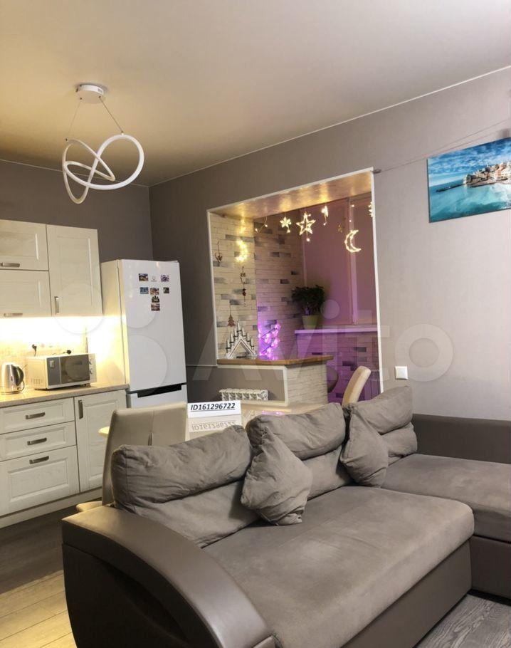 Аренда двухкомнатной квартиры поселок Сосновый Бор, цена 35000 рублей, 2021 год объявление №1413577 на megabaz.ru