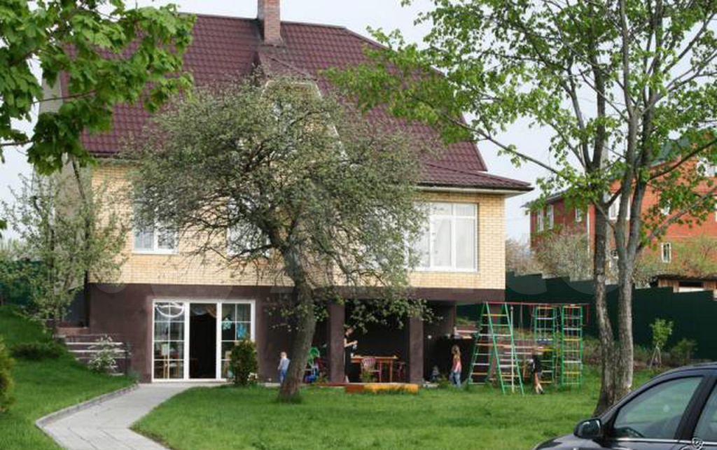 Аренда дома деревня Мамоново, Школьная улица, цена 8000 рублей, 2021 год объявление №1378646 на megabaz.ru