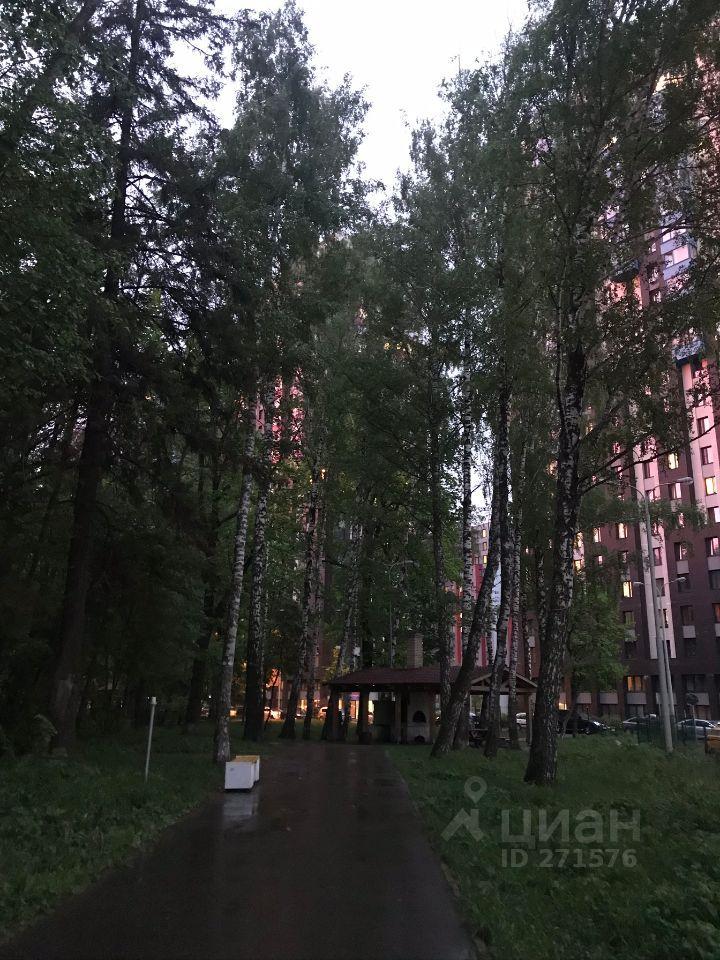 Аренда студии деревня Подолино, метро Комсомольская, Беговая улица 12, цена 17000 рублей, 2021 год объявление №1411968 на megabaz.ru