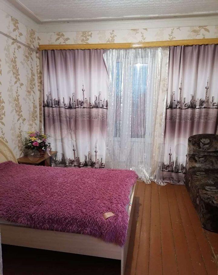 Продажа двухкомнатной квартиры Рошаль, улица Октябрьской Революции 30, цена 1500000 рублей, 2021 год объявление №616300 на megabaz.ru