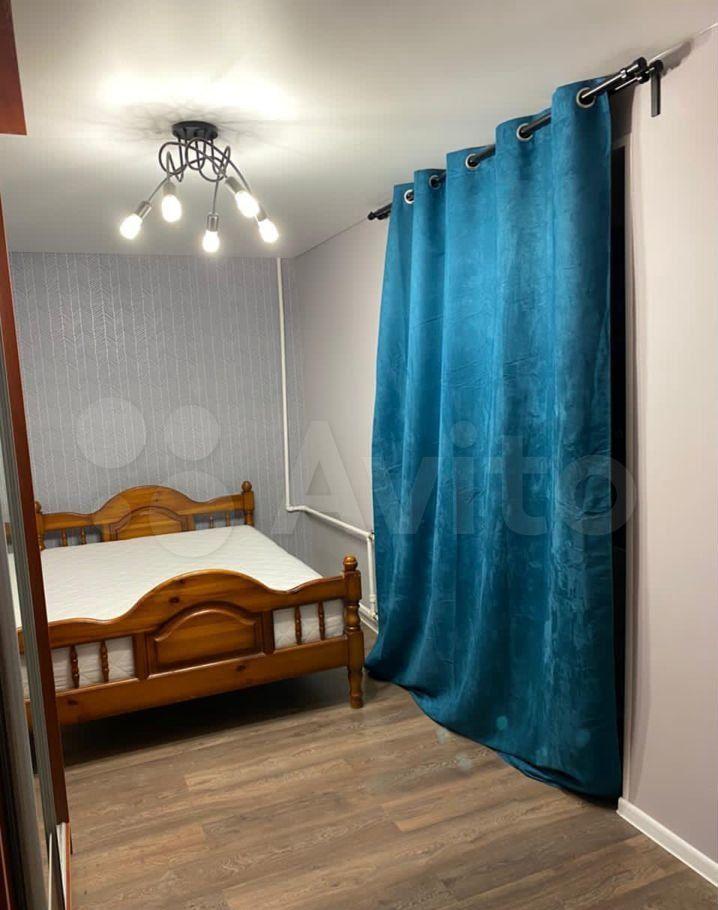 Продажа двухкомнатной квартиры поселок Большевик, улица Ленина 104, цена 3950000 рублей, 2021 год объявление №666806 на megabaz.ru