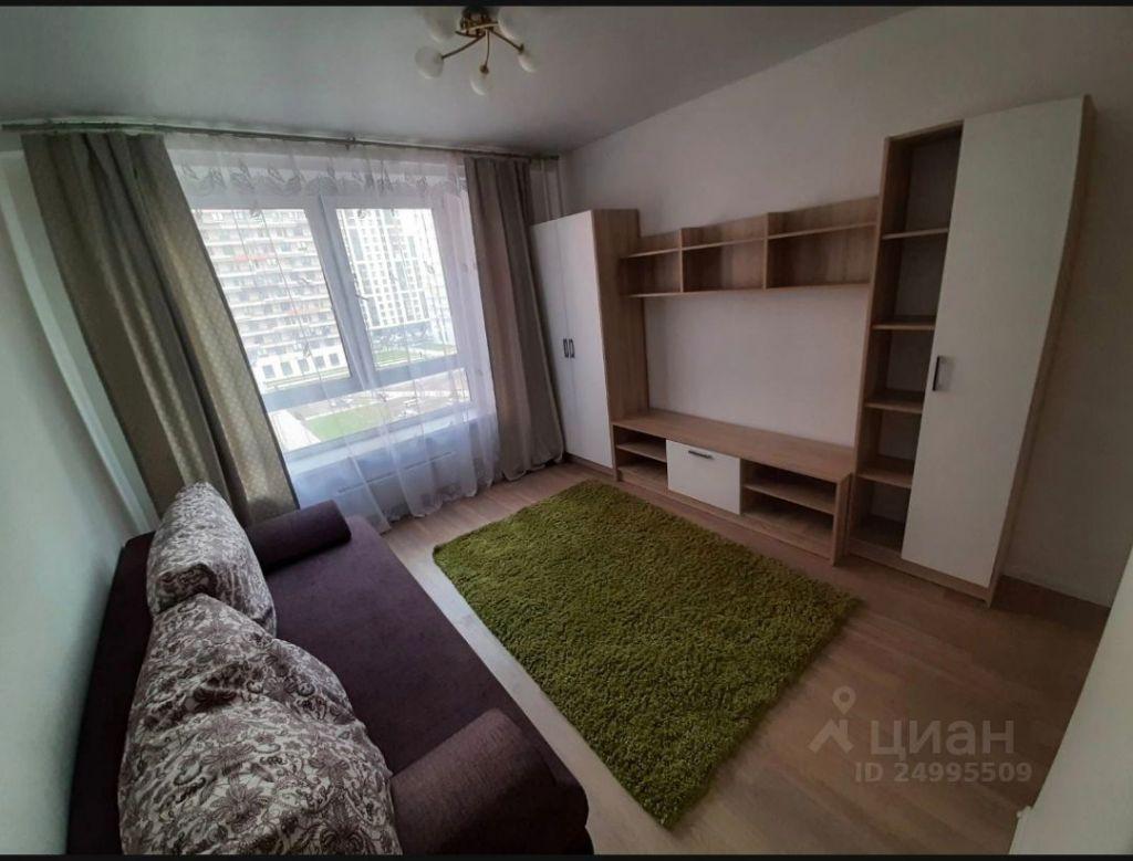 Аренда двухкомнатной квартиры Одинцово, Рябиновая улица 1, цена 41000 рублей, 2021 год объявление №1409190 на megabaz.ru