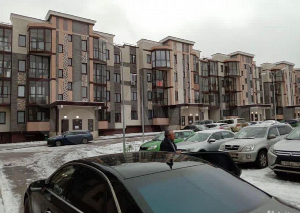 Продажа трёхкомнатной квартиры деревня Митькино, Заречная улица 4, цена 6300000 рублей, 2021 год объявление №615108 на megabaz.ru