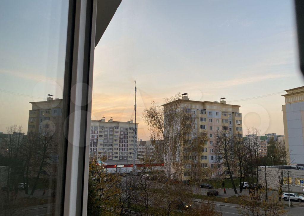 Аренда двухкомнатной квартиры Руза, Федеративная улица 6, цена 20000 рублей, 2021 год объявление №1385855 на megabaz.ru
