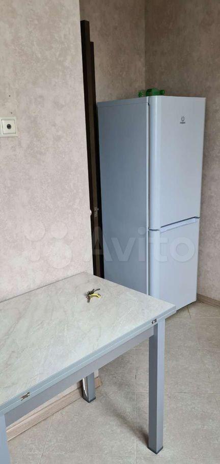 Аренда однокомнатной квартиры Москва, метро Пятницкое шоссе, Митинская улица 52, цена 36000 рублей, 2021 год объявление №1361719 на megabaz.ru