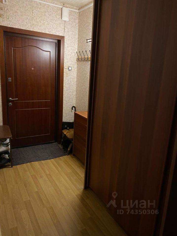 Продажа двухкомнатной квартиры Москва, метро Улица Скобелевская, улица Поляны 7, цена 13000000 рублей, 2021 год объявление №633294 на megabaz.ru