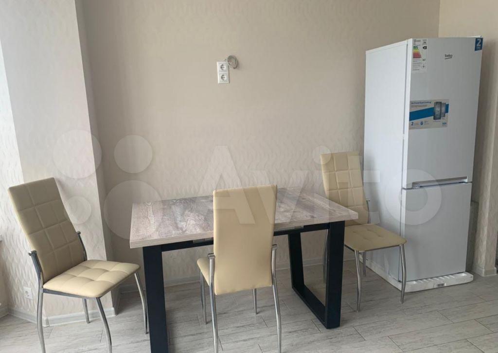 Аренда однокомнатной квартиры поселок Володарского, Центральная улица 22, цена 25000 рублей, 2021 год объявление №1414448 на megabaz.ru