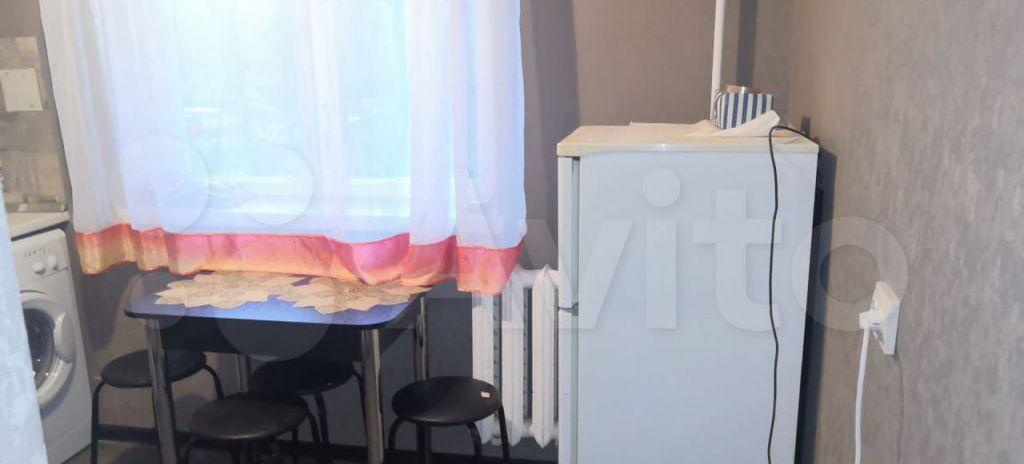 Аренда однокомнатной квартиры Истра, Юбилейная улица 14, цена 22000 рублей, 2021 год объявление №1383833 на megabaz.ru