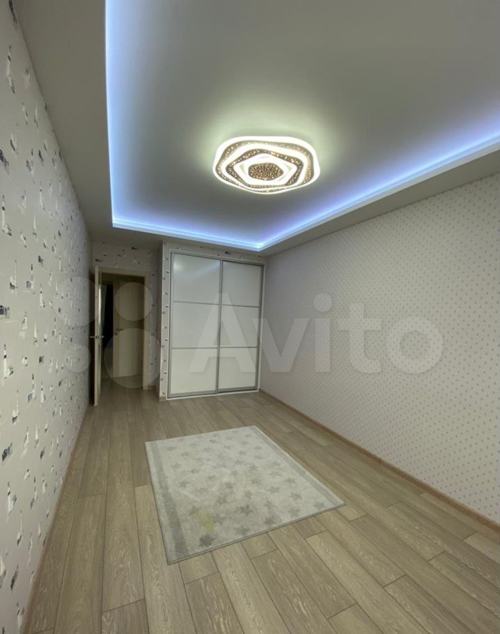 Аренда двухкомнатной квартиры деревня Щемилово, улица Орлова 26, цена 35000 рублей, 2021 год объявление №1387885 на megabaz.ru