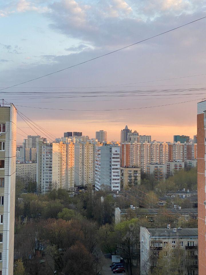 Аренда однокомнатной квартиры Москва, метро Профсоюзная, улица Цюрупы 6, цена 50000 рублей, 2021 год объявление №1384710 на megabaz.ru