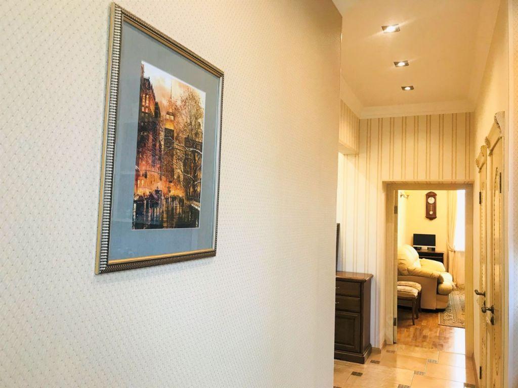 Продажа двухкомнатной квартиры Москва, метро Коломенская, Нагатинская улица 29к2, цена 14800000 рублей, 2021 год объявление №617543 на megabaz.ru