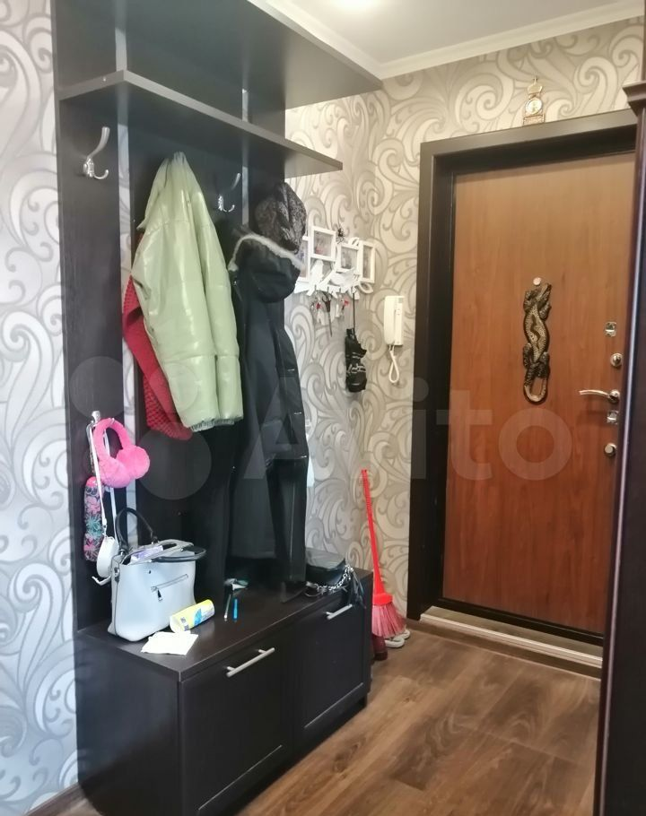 Продажа трёхкомнатной квартиры деревня Давыдово, улица 2-й Микрорайон 6, цена 3400000 рублей, 2021 год объявление №605989 на megabaz.ru