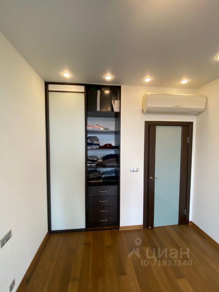 Продажа однокомнатной квартиры Апрелевка, Жасминовая улица 8, цена 6300000 рублей, 2021 год объявление №616673 на megabaz.ru