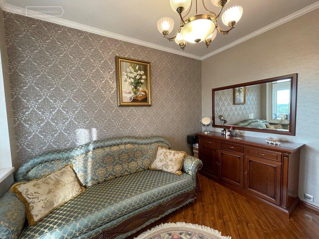 Продажа трёхкомнатной квартиры рабочий поселок Новоивановское, Можайское шоссе 50, цена 18450000 рублей, 2021 год объявление №657298 на megabaz.ru