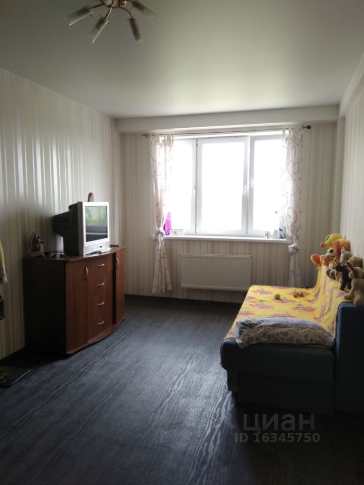 Аренда однокомнатной квартиры деревня Щемилово, улица Орлова 4, цена 16000 рублей, 2021 год объявление №1370119 на megabaz.ru